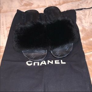 CHANEL BLACK FUR SLIDES